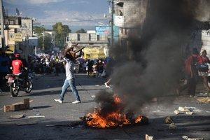 Las protestas sociales en Haití aumentan de intensidad.