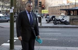 Luis Bárcenas, a su llegada a los juzgados para declarar por el borrado de los ordenadores.