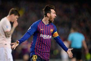 Messi liquida la eliminatoria en cuatro minutos con dos goles desde la frontal