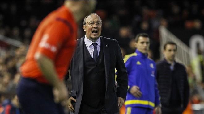 Benítez: homenaje en Mestalla y despedida del Bernabéu