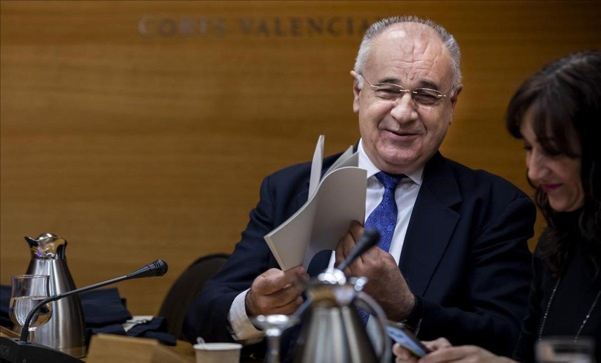 Rafael Blasco, exconsejero del PP valenciano condenado por el 'caso Cooperación', en su comparecencia en las Corts este lunes.