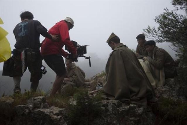 RODAJE 8 Un momento de la filmación de Ebre, del bressol a la batalla, en la sierra de Pàndols.