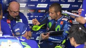 Rossi segueix sumant fracassos en els GP amb canvi de moto