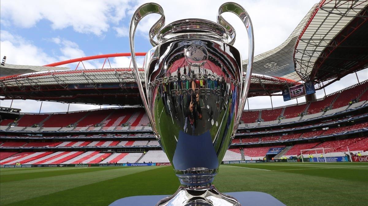 El trofeo de la Champions enel estadio Da Luz de Lisboa, donde se jugó la final del 2014.