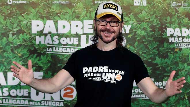 Santiago Segura estrena 'Padre no hay más que uno 2'.