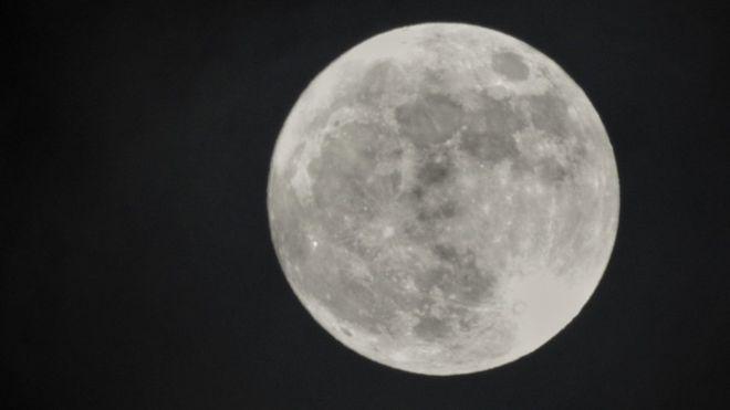 Todo a punto para la superluna de esta noche