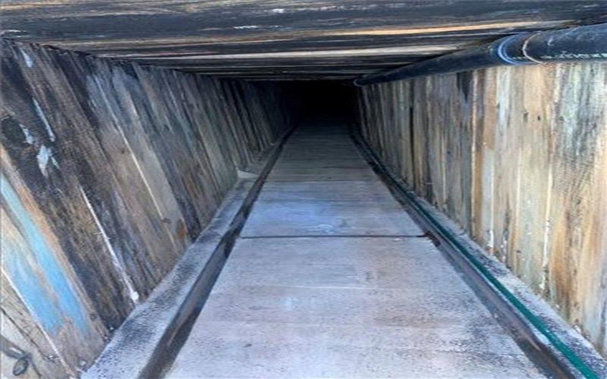 Túnel clandestino descubierto en la ciudad deYuma, Arizona.