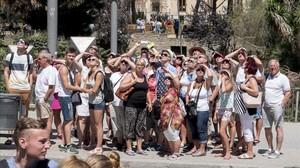 Turistas en el centro de Barcelona.