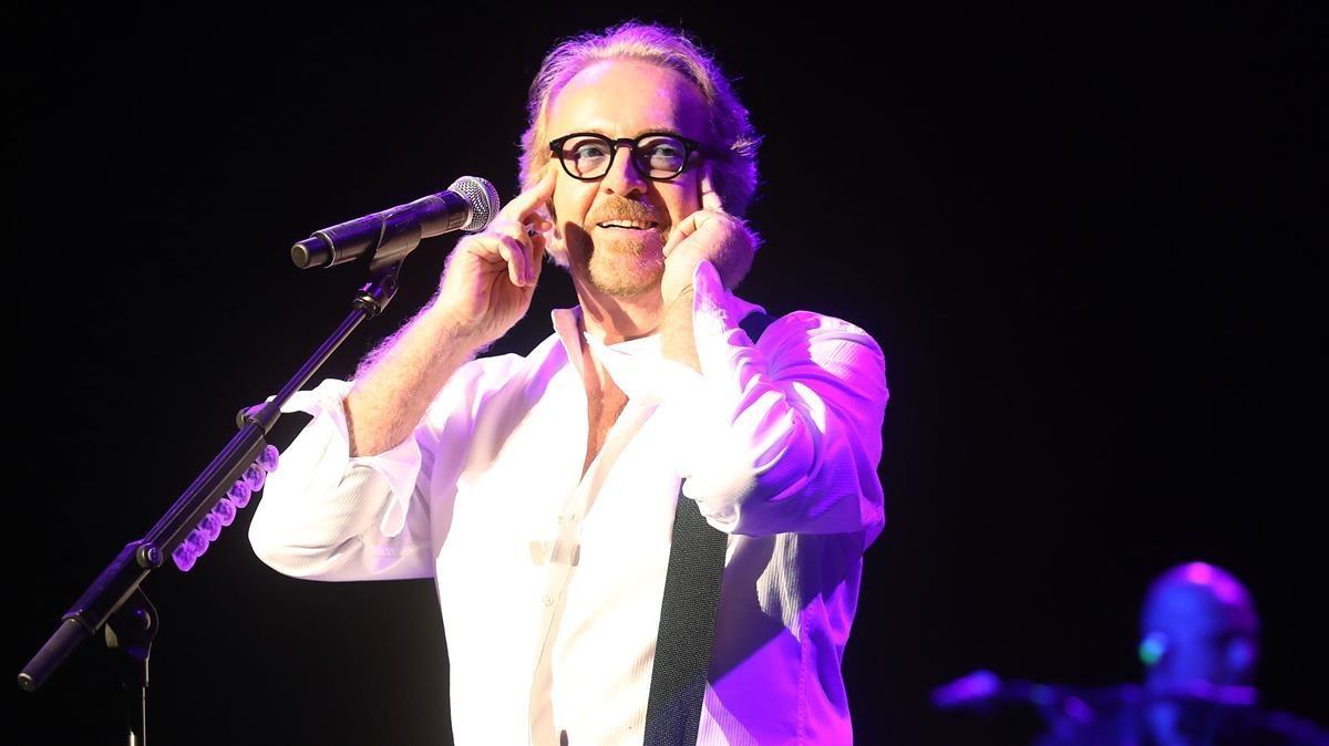 Umberto Tozzi, durante su actuación en el Festival de Cap Roig.