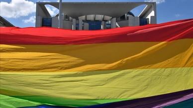 Merkel abre la puerta al matrimonio homosexual en Alemania
