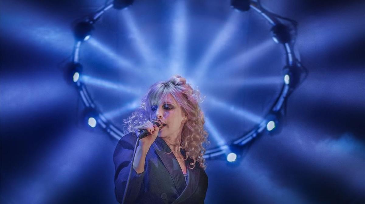 Hayley Williams, durante la actuación de Paramore en el Sant Jordi Club.