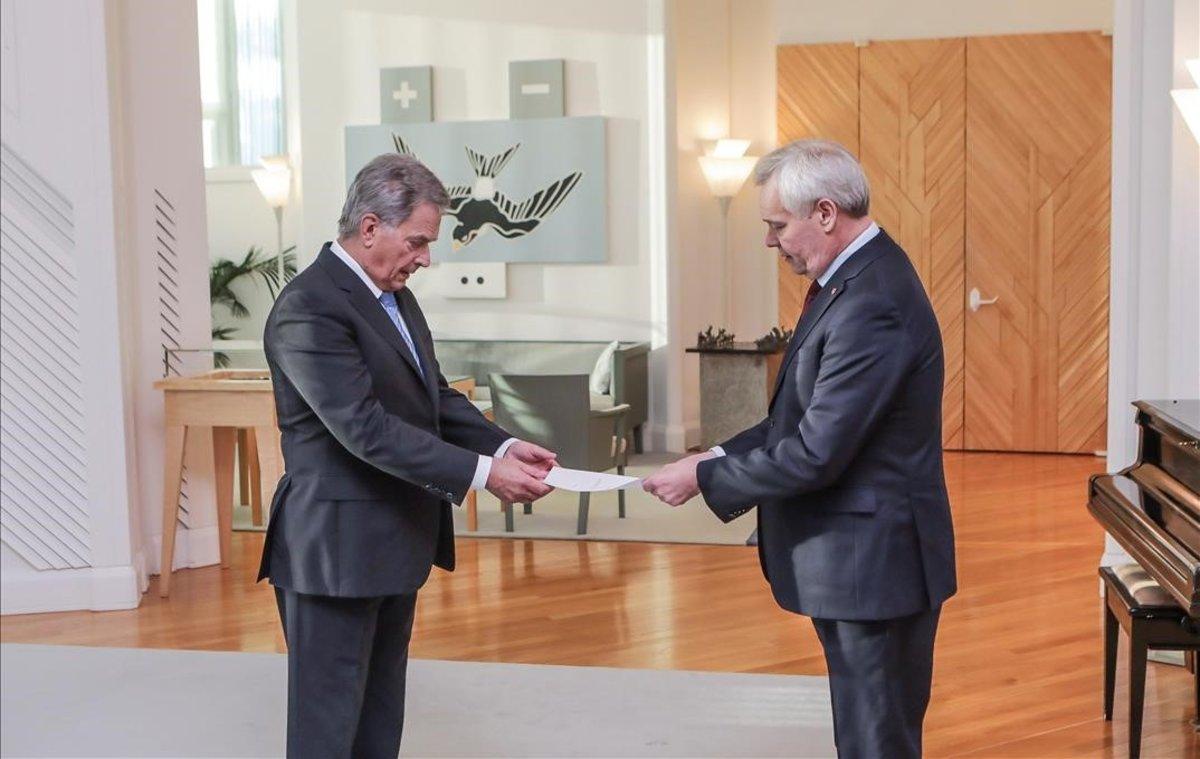 Dimiteix el primer ministre de Finlàndia després de perdre el recolzament en la coalició de Govern