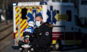 França supera els 3.000 morts per coronavirus
