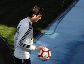 Santiago Solari en el entrenamiento de este sábado del Madrid.