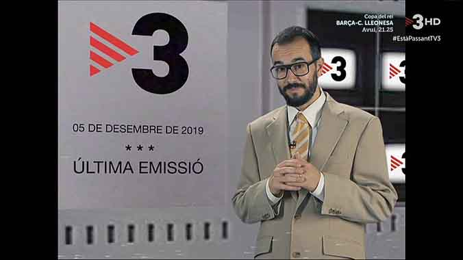 Jair Domínguez anunciando el cierre (TV-3).