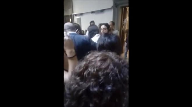 El agresor irrumpió en la exposición de la artista en Florencia y golpeó a Abramovic a pesar de las medidas de seguridad.