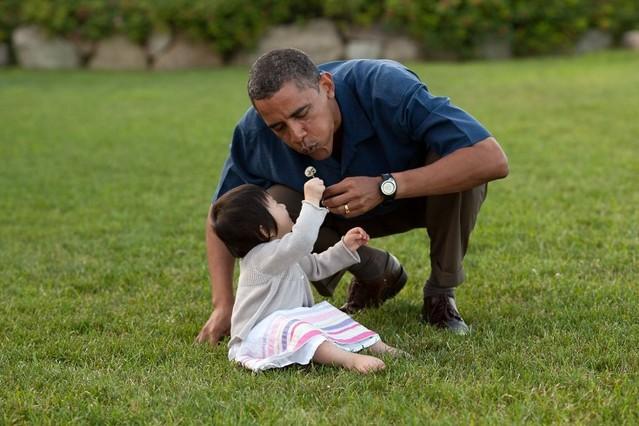 El presidente, con su sobrina Savita, en agosto del 2009.