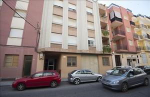 El edificio donde vívía el cabecilla de la productora de pornografía infantil, en Tortosa.