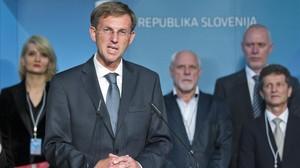 Cerar compareix davant els mitjans de comunicació, aquest diumenge, a Ljubljana.