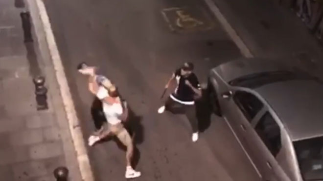 Detenido en Barcelona un hombre que agredió a los trabajadores de un restaurante y a dos mossos de paisano.