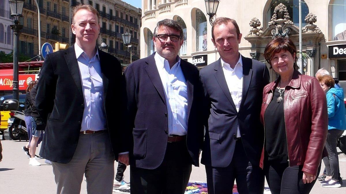 De iquierda a derecha Carlos Mompo,Benito Rodriguez,Feliciano Baratech yMontserrat Baena.