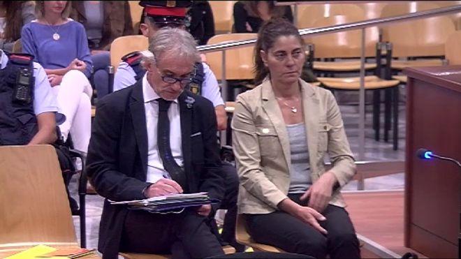 """Els Mossos desarmen els 'viatges curatius' del pare de la Nadia «No tenia passaport"""""""