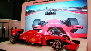 Expositor de promoción de la fórmula 1en el Mobile World Congress de Barcelona.