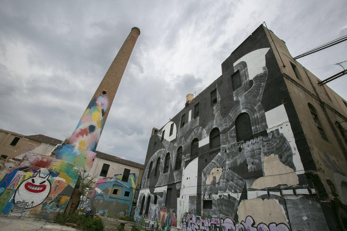 Exterior de la fábrica de creación La Escocesa, en el Poblenou.