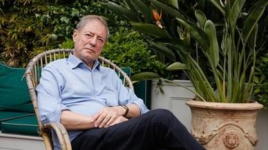 """Félix de Azúa: """"Todos sabemos que eso del futuro se acabó"""""""