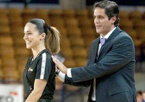 La figuerense Yasmina Alcaraz, una de las figuras emergentes del arbitraje en la LEB