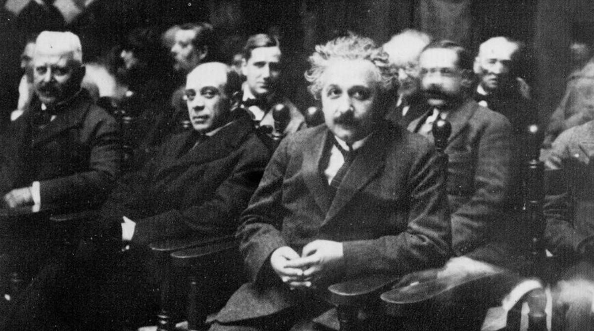 Einstein, en un acto celebrado en el paraninfo de la Escola Industrial en 1923.