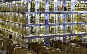 Interior de la sede de Amazon en San Fernando de Heranes (Mardrid).
