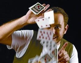 El mago Jorge Blass.