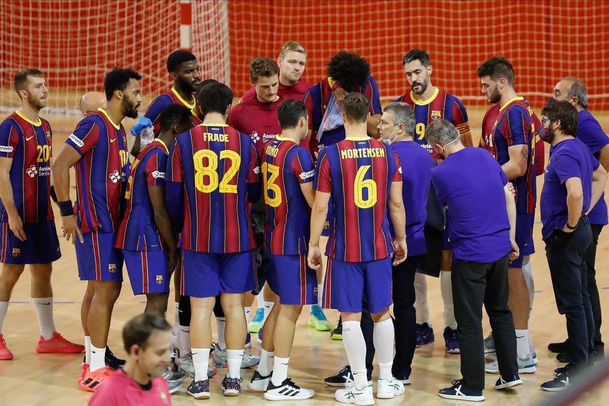 Los jugadores del Barça de balonmano, en un reciente encuentro