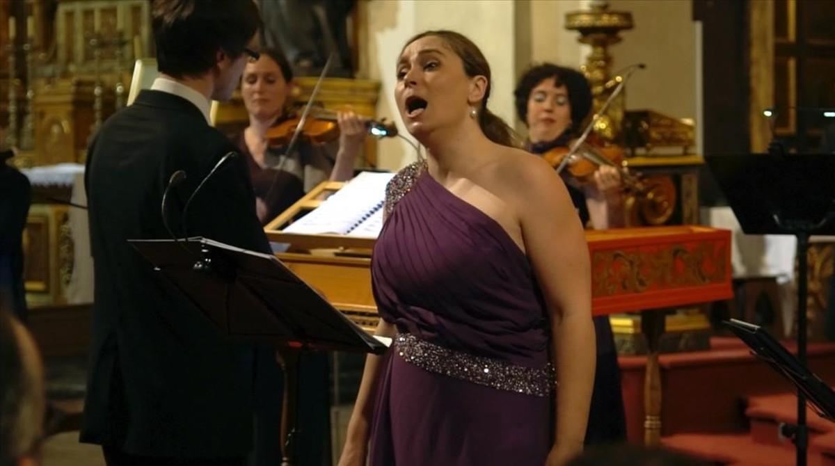Marta Infante, en el festival barroco con Vespres dArnadí, en la iglesia de Sant Felip Neri.