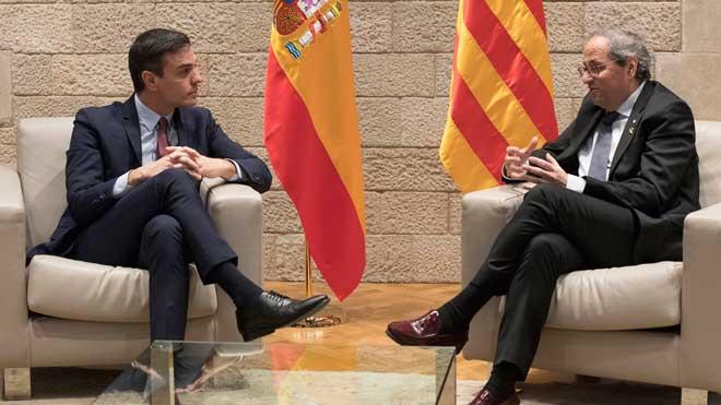 La mesa de diálogo sobre Catalunya será el 26 de febrero. En la foto, Pedro Sánchez y Quim Torra, en su último encuentro en la Generalitat.