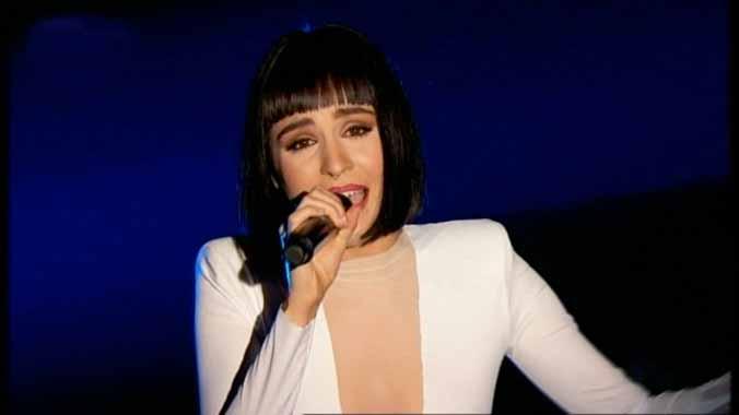 Natalia interpretando Never enough (TVE).