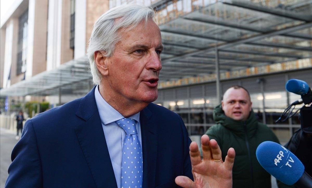 El negociador jefe del 'brexit' de la UE, a su salida de las instalaciones del Consejo Europeo.