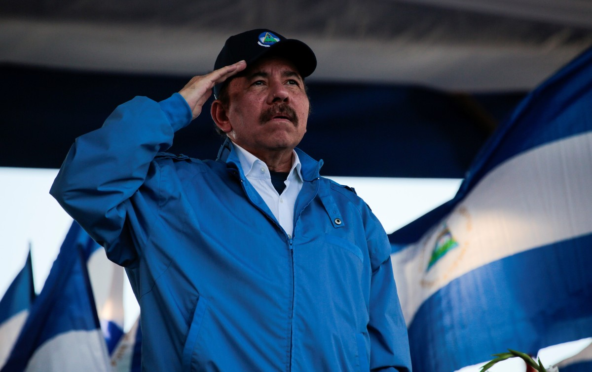 Nicaraguan President Daniel Ortega sings the national anthem during a march called We walk for peace and life Justice in Managua Nicaragua September 5 2018 REUTERS Oswaldo Rivas