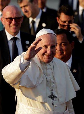 El papa Francisco se despide tras su participacion en la Jornada Mundial de la Juventud 2019EFERodrigo Sura