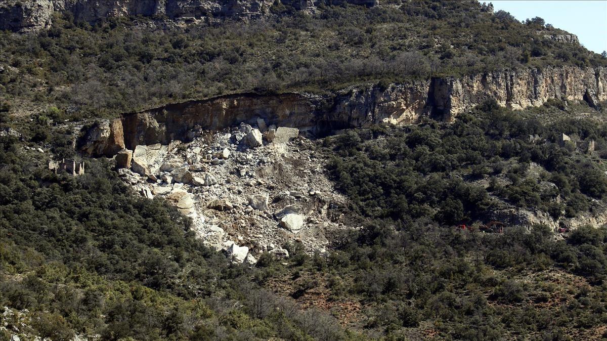 Recuperados dos cuerpos sin vida atrapados por el desprendimiento en Pallars Jussà
