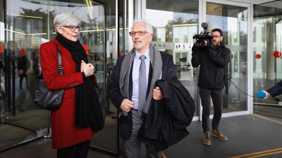 El exjuez Santi Vidal sale de la Ciutat de la Justícia de Barcelona