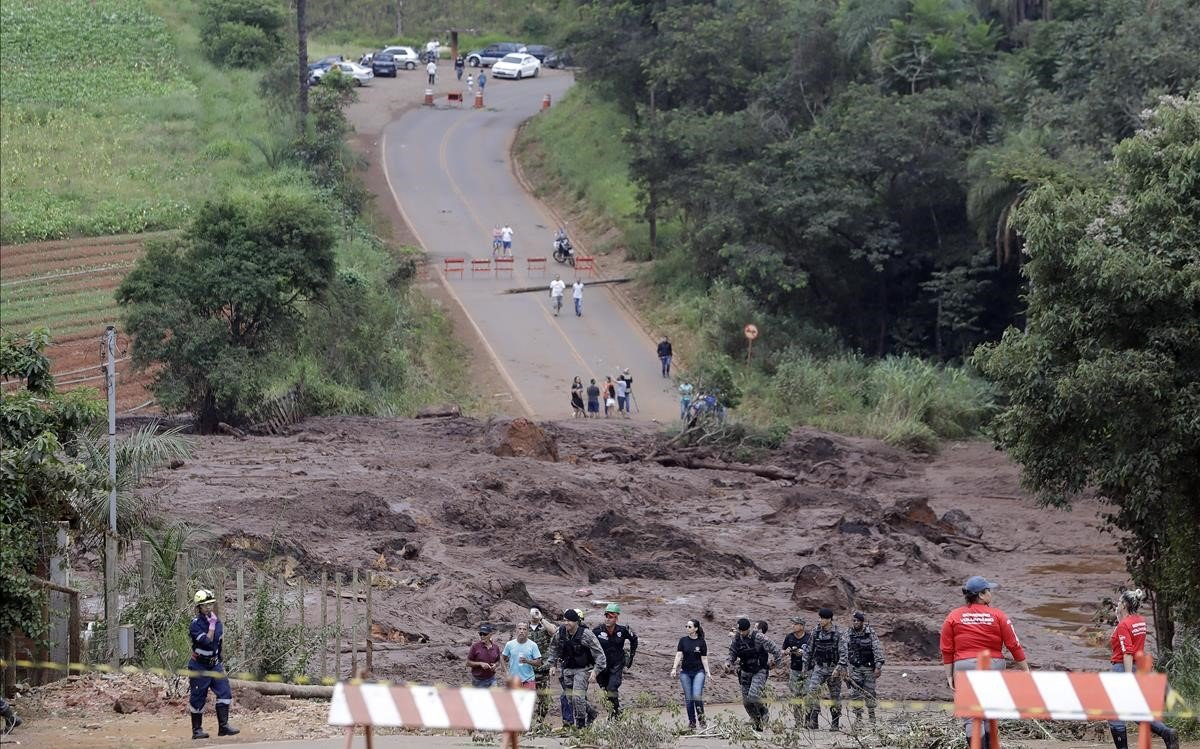 Tareas de rescate en Brumadinho.