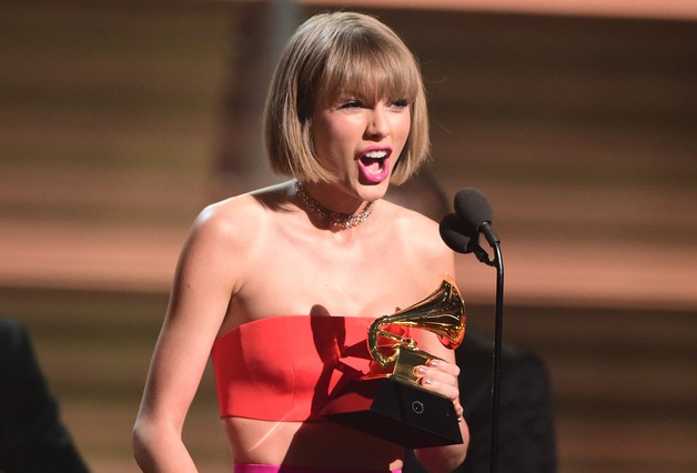Taylor Swift, durante su discurso de aceptación del premio al mejor álbum del año por 1989.