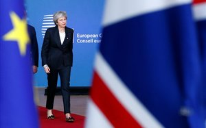 Theresa May llega a la cumbre de dirigentes de la Unión Europea en Bruselas.