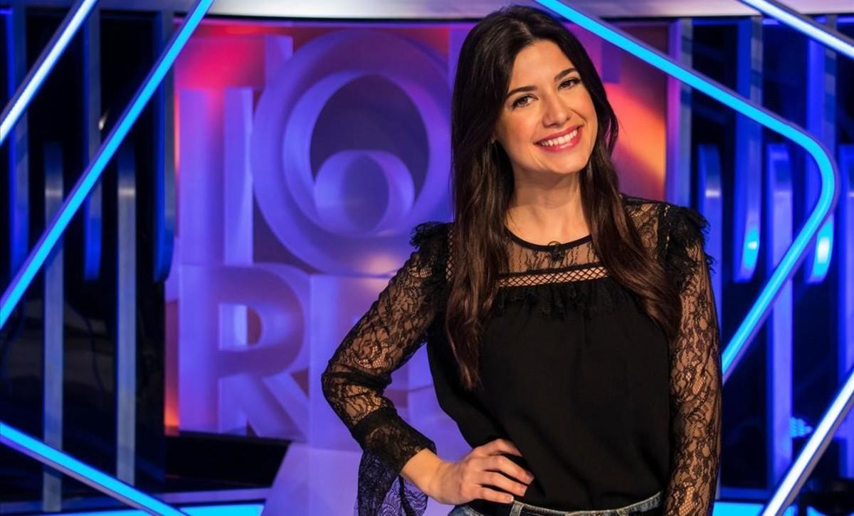 La presentadora Ares Teixidó, en el plató del concurso Tot o res, de TV-3.