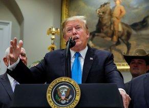El presidente Donald Trump, durante la presentación del programa de ayuda a los agricultores de los EEUU.