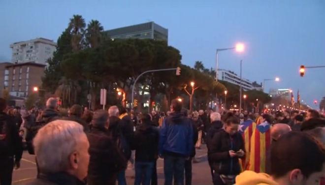 Afectacions del trànsit a Barcelona per la protesta de Tsunami pel clàssic