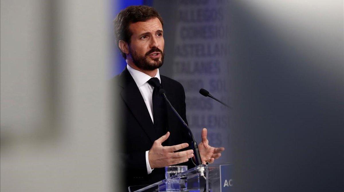 Pablo Casado, durante la rueda de prensa en la sede del PP, la primera con periodistas en la sala desde que se decretó el estado de alarma.