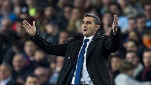 Valverde, en el Camp Nou ante el Celta.